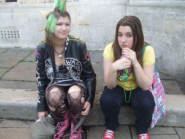 punk girl and friend by juggzy_malone, via Flickr