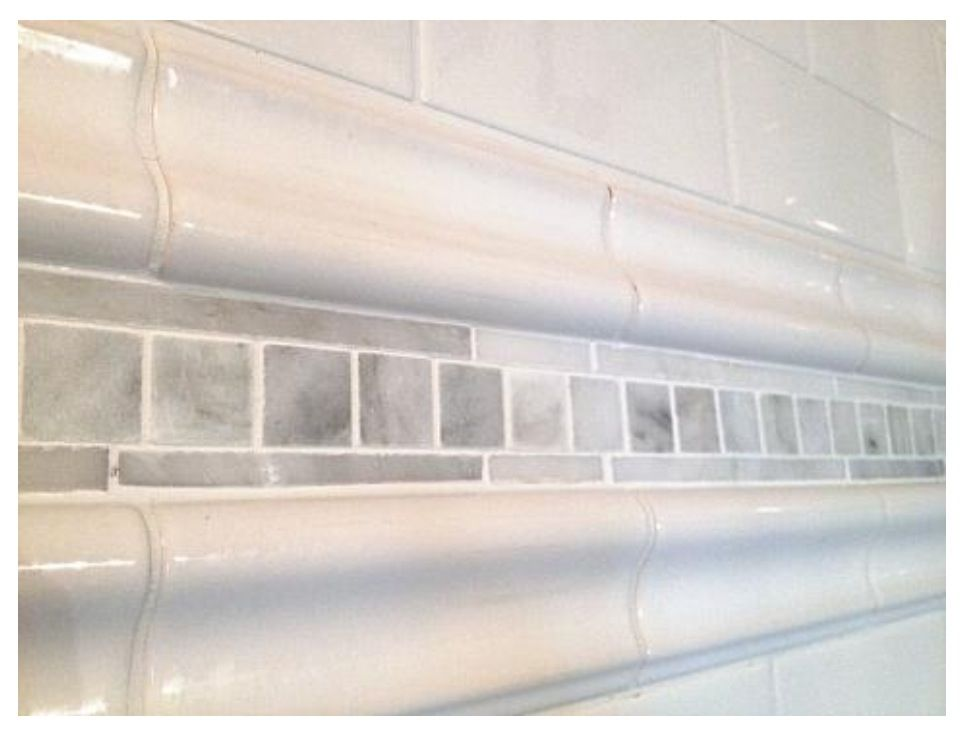 White Subway Tile With Bullnose And Inserted Grey White