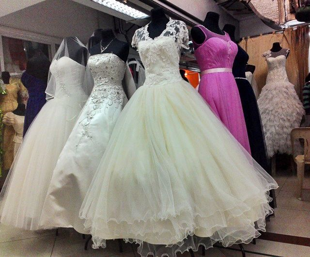 Image gallery divisoria gowns for Cost to rent wedding dress in jamaica