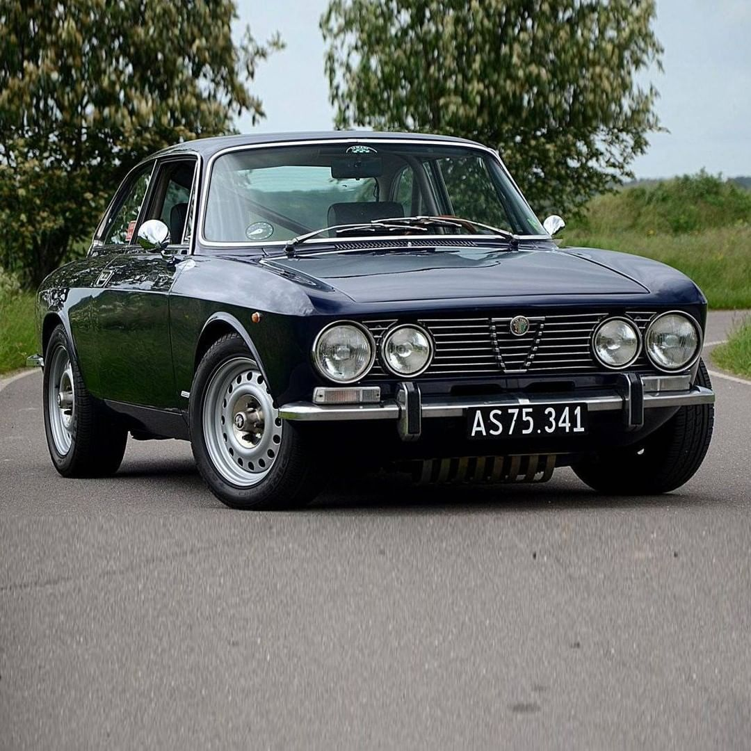"""Classic Trader on Instagram: """"Gloriously reemerged: This 1973 Alfa Romeo 2000 GT Veloce comes with its engine rebuilt and modified to fast road specifications, now…"""""""
