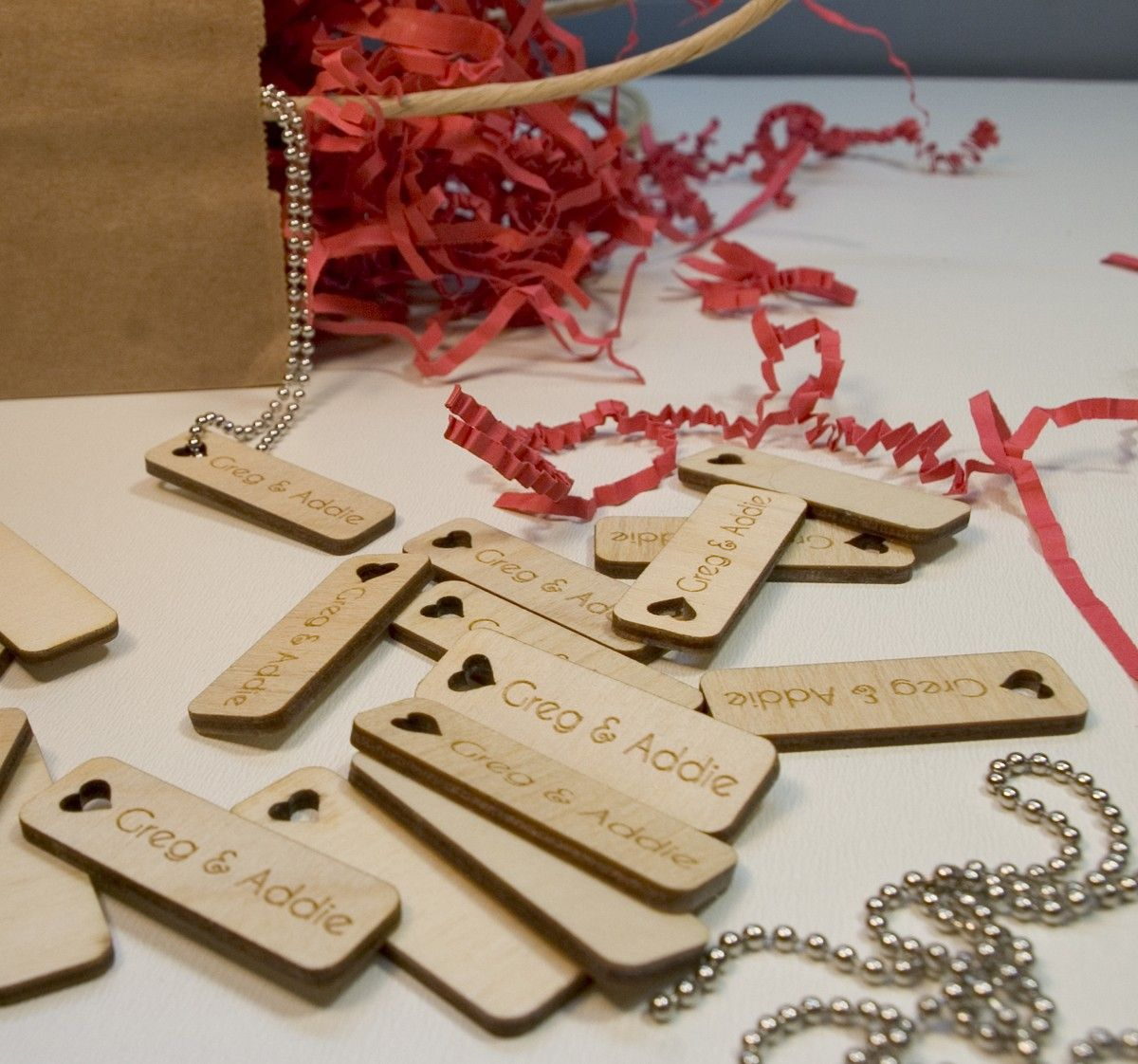 50x Wooden Engraving Tags Hanging Label Decoration Wedding Party Ornament