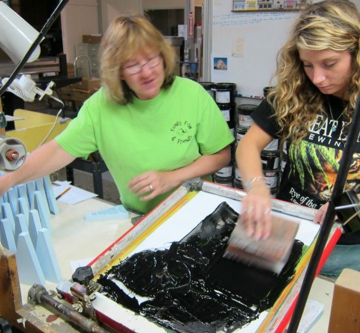 The Cat's Meow Village | Tina training new printer, Whitley, how to screen print Cat's Meows
