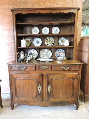 vaisselier ancien ch taignier style louis xv pinterest antiquit brocante chataignier et. Black Bedroom Furniture Sets. Home Design Ideas