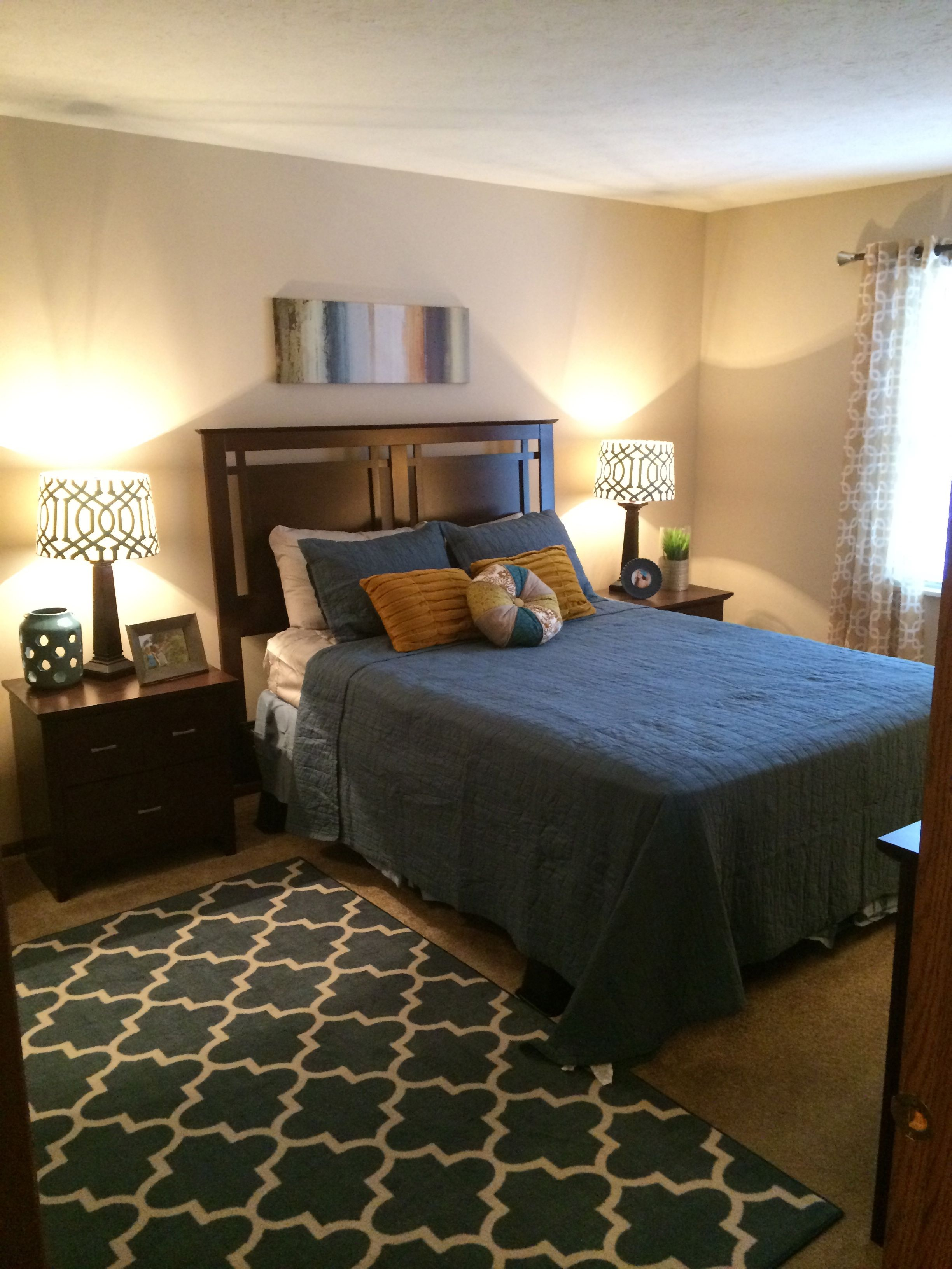 Master Bedrooms Are A Great Size To Fit Queen Size Beds Or Kings