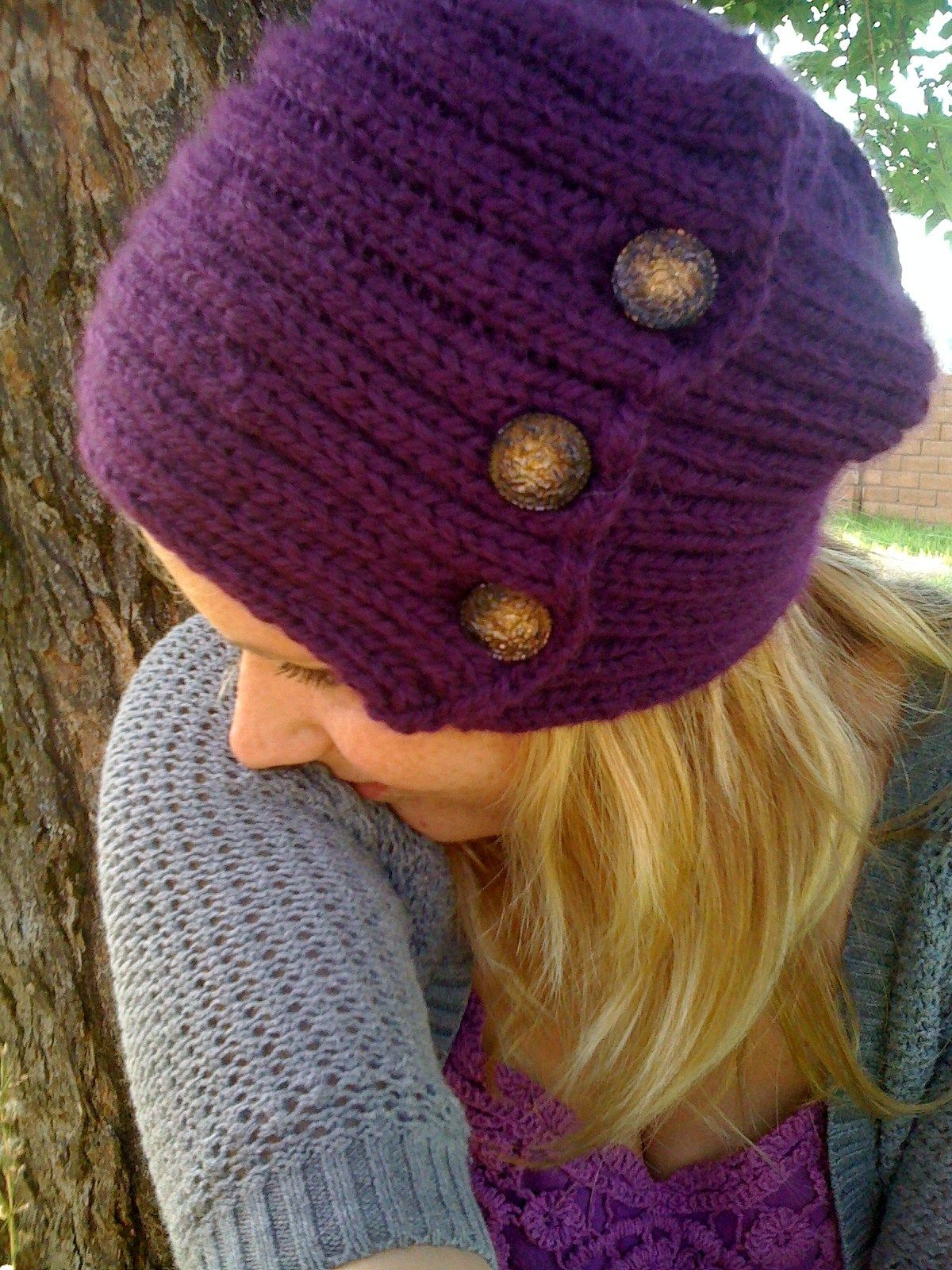 Free knitting pattern for Vintage Button and Rib Hat - Hat ...