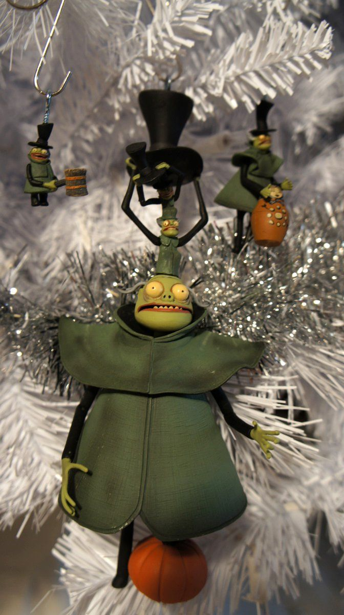 Pin By Greg Horn Art Myshopify Com On The Nightmare Before Christmas Tree Nightmare Before Christmas Tree Nightmare Before Christmas Ornaments Nightmare Before Christmas That you've got to be santa all of the time! nightmare before christmas tree