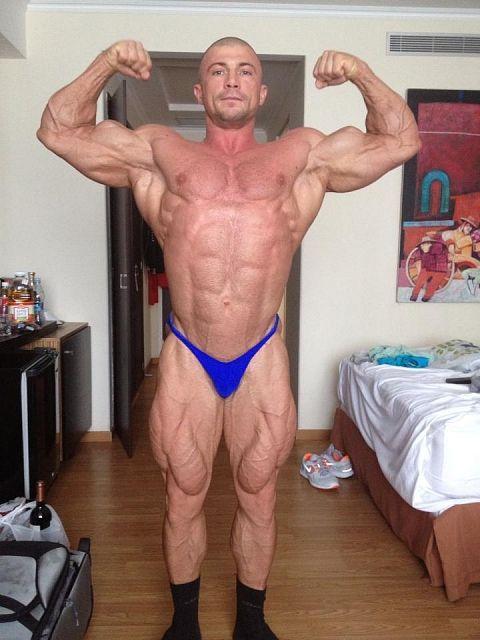 Vladislav Mazhara from Ukraine Bodybuilding Bulk up Muscle