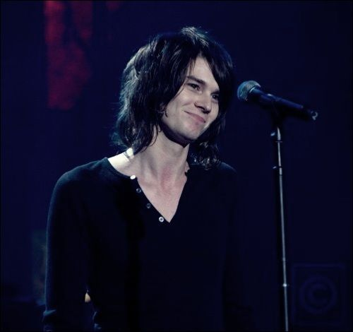 the old version of William Beckett <3