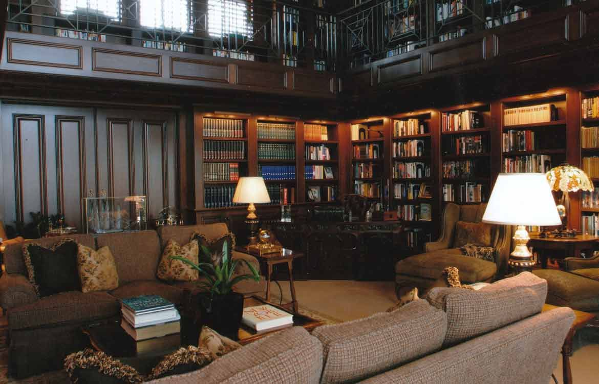 Traditional Library Study And Great Room Decorating J Rowland