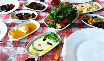 Turkish Breakfast | Turkish food menu | Top 10 food of Turkey Different Types of Turkish Breakfast Specific to the Region I don't know what you think about eating butTurkish breakfastshould have something to do with happiness Turkish Breakfast | Turkish food menu | Top 10 food of Turkey There is a strong relationship between Turkish breakfast and happiness. Why doesTurkish breakfastbring a feeling of joy? This is a situation directly related to the physiological structure of man.Turkish br