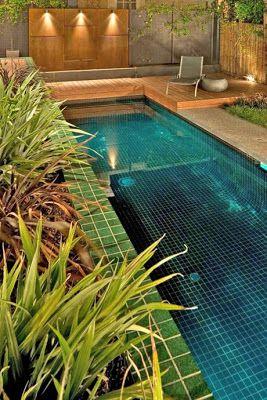 Casas minimalistas y modernas terrazas con piscina for Patios de casas modernas con piscina