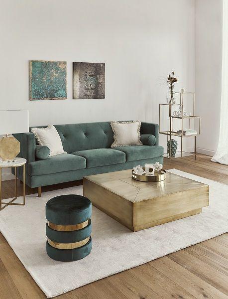 WESTWING COLLECTION ➤JANE: Einen Teppich, mit dem man alles richtig macht? Haben wir. Unser Bestseller-Teppich Jane aus der Westwing Collection ist ein wahres Schmuckstück und wurde mit der Vision entworfen, dass er mit seinem klassischen Design mühelos in jedes Zuhause passt. Jetzt bei WestwingNow entdecken! // Wohnzimmer Sofa Samt Teppich Pouf Couchtisch Türkis Beige Glam Bilder Lounge Ideen Einrichten Skandinavisch #Wohnzimmer #WestwingCollection