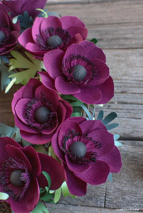 Photo of Video Tutorial: Crepe Paper Anemone Wreath – Lia Griffith