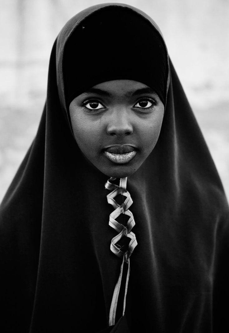 Girl pic black
