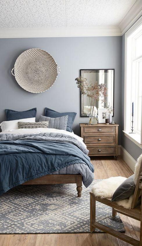 Landhaus Schlafzimmer, Schlafzimmer Ideen, Wohnzimmer, Dunkles Holz,  Marineblau Schlafzimmer, Schlafzimmer Farben