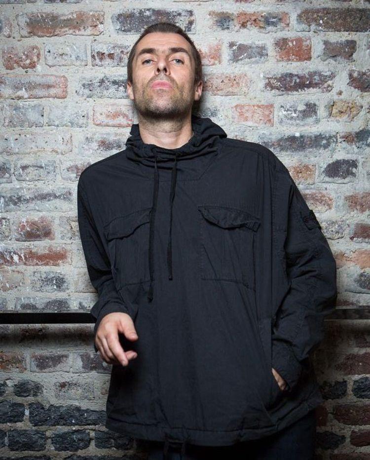 Mens Oasis Liam Gallagher Noel Gallagher Grey Jumper Live forever Madchester