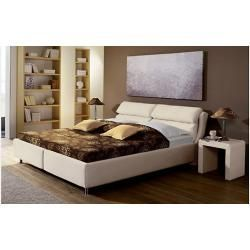 Reduced upholstered beds at a comfortable height#beds #comfortable #height #reduced #upholstered