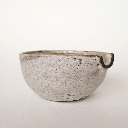 Pour Bowl // Moon Rock