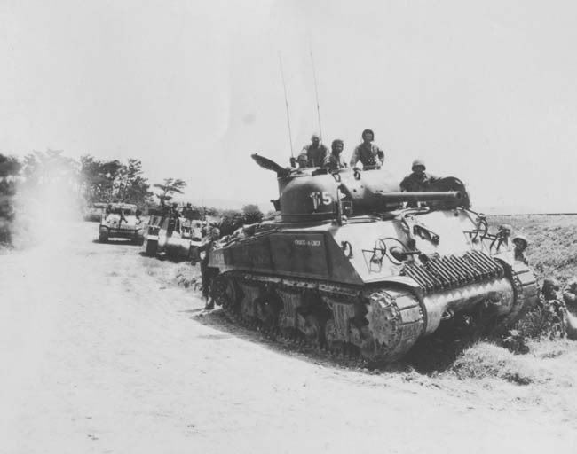 Tank photo Okinawa 1945