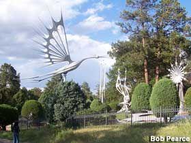Colorado Springs Colorado Starr Kempf S Metal Sculptures With Images Colorado Springs Art Metal Sculpture Colorado