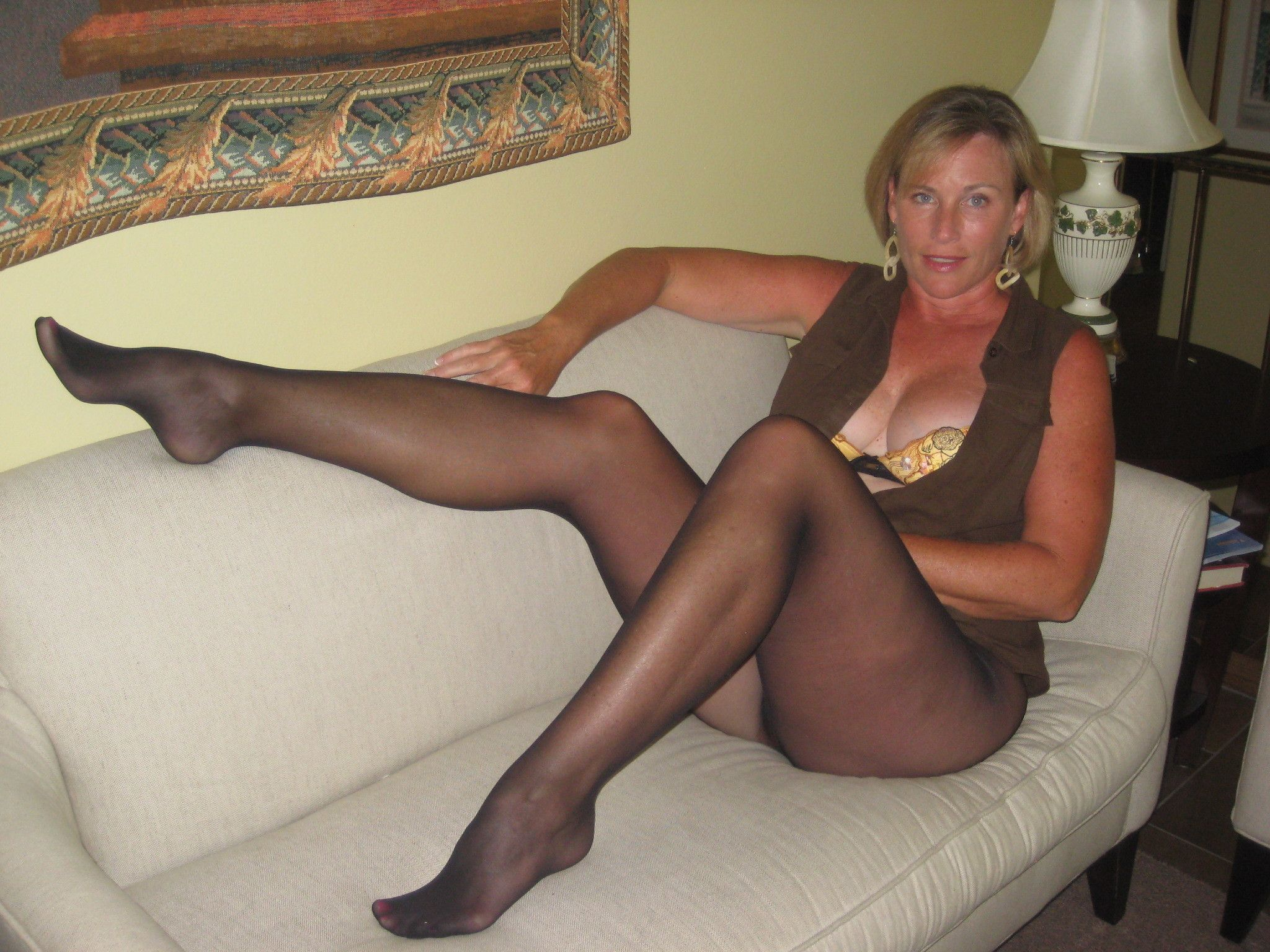 Girls old black women in pantyhose