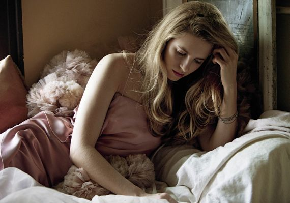 FILM: STARGAZING: Actress and filmmaker Brit Marling escapes a banker's  destiny to produce summer's out-of-this-world anti-blockbuste… | Marling, V  magazine, Brit