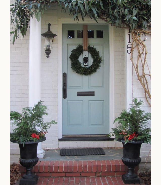 Stratton blue by benjamin moore oh i love this front door for Exterior door colors benjamin moore