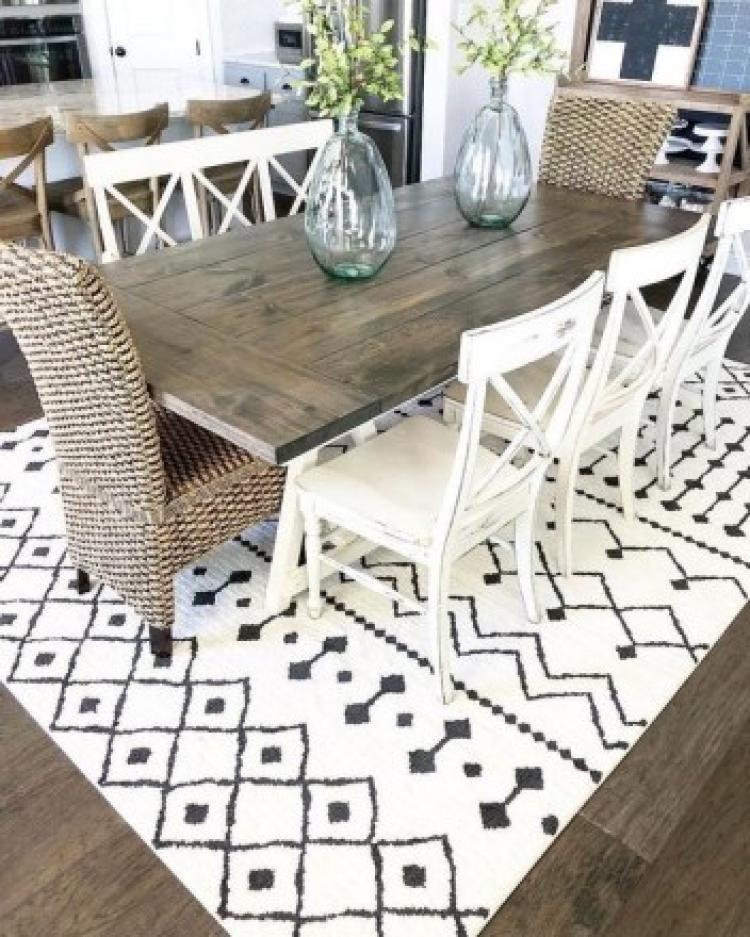 Fantastic Dining Room Decoration Ideas For 2019: Stylish Farmhouse Dining Room Table Decorating Ideas