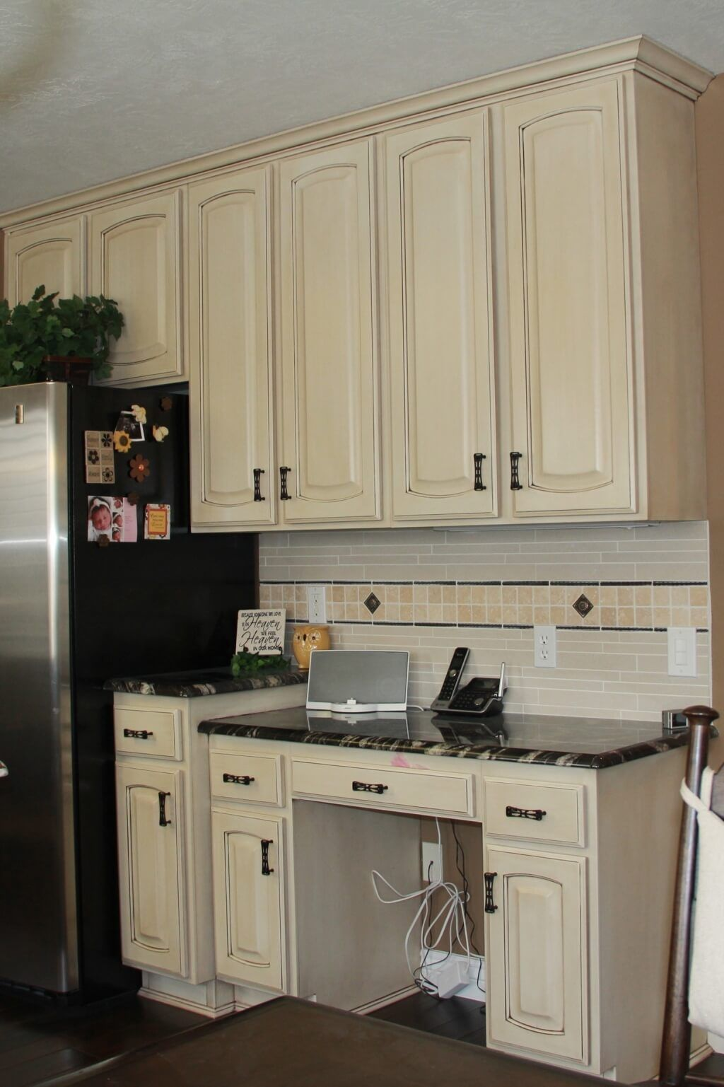 Stunning Off White Kitchen Cabinets Design | White kitchen ...