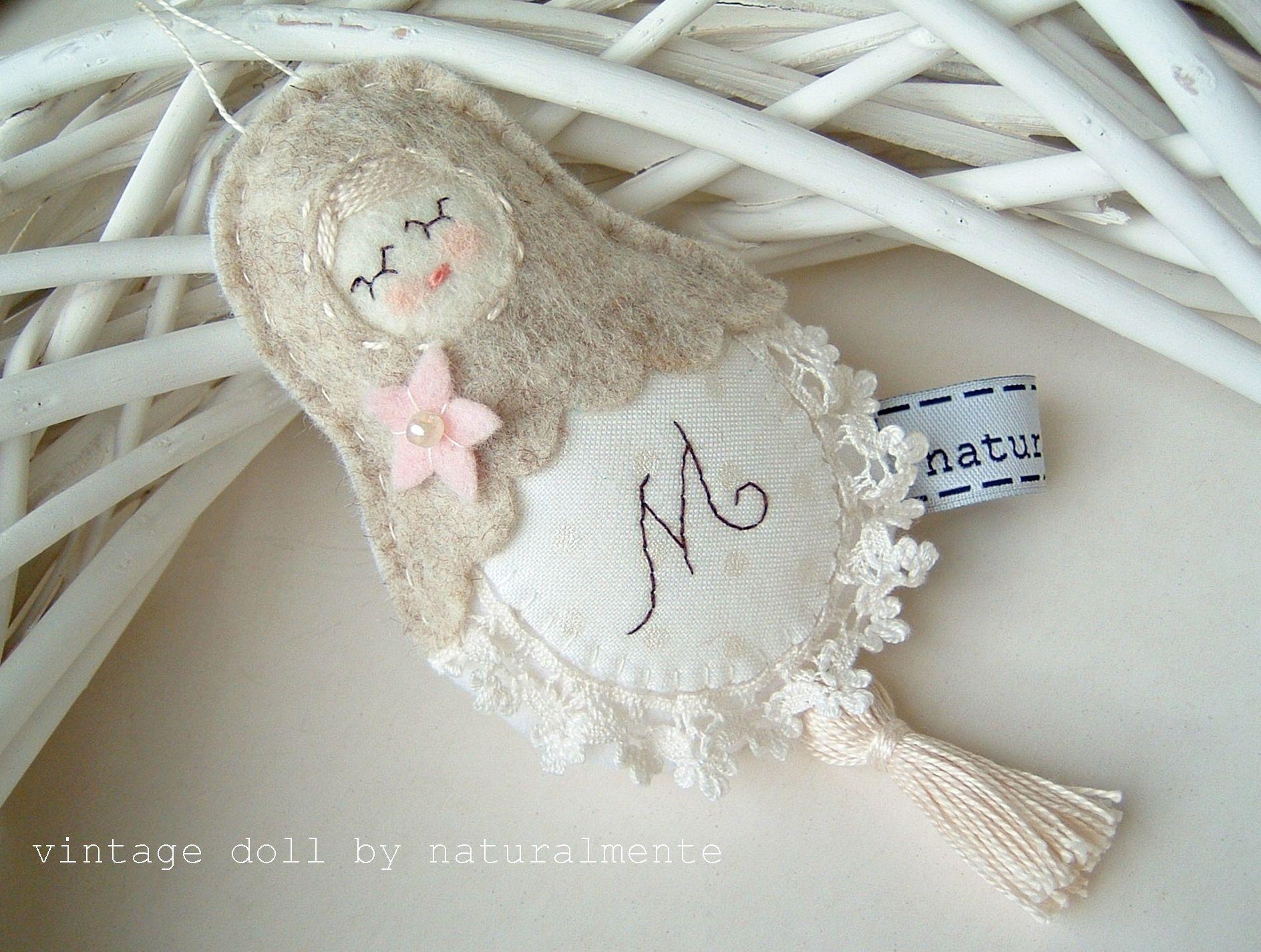 ladyfinger doll - felt