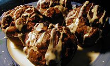 Glutenfreeda.com: Chocolate Cherry Glazed Muffins