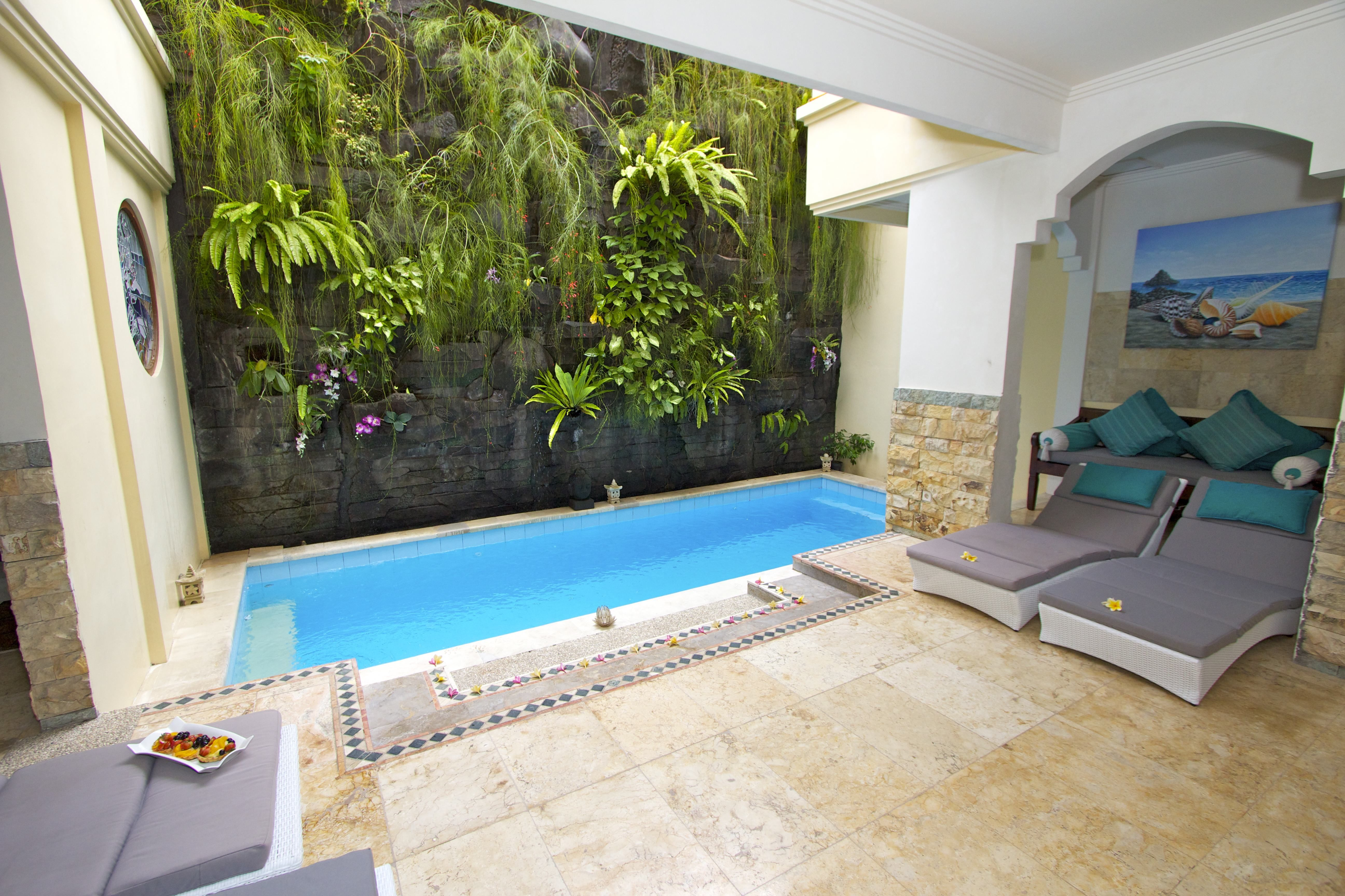 Kuta Royal villa C1. Close up of pool.