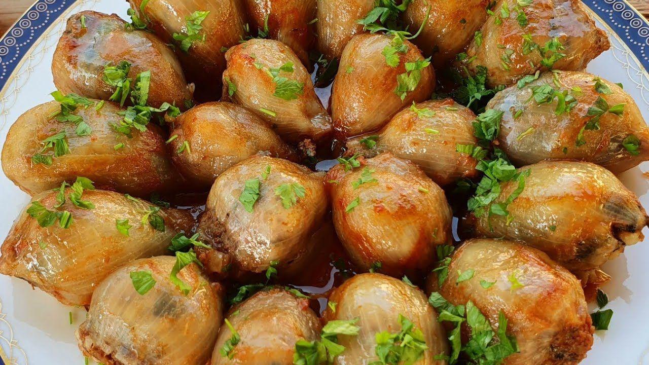 طريقة تحضير البصل المحشي In 2021 Onion Recipes Quick Dinner Recipes Veggie Recipes