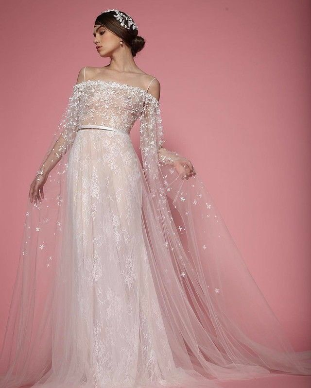 GEORGES HOBEIKA BRIDAL 2018 is here ! #georgeshobeika #bridal #2018 ...