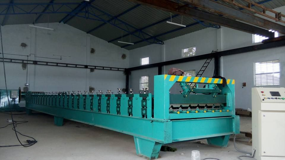 We Provide You The Fully Automatic Roofing Sheet Making Machine With Punching Of Roof Sheet In The Various Models And For In 2020 Roofing Sheets Roofing Making Machine