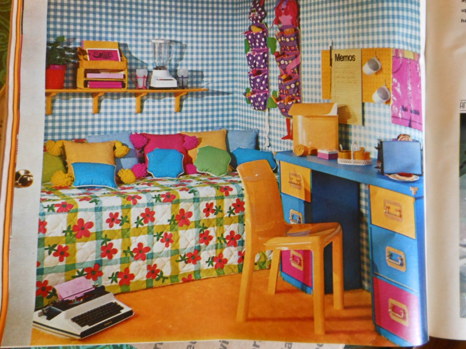 This Room Has Double Complementary Color Scheme The Colors Are Red Pink Green And Blue Orange