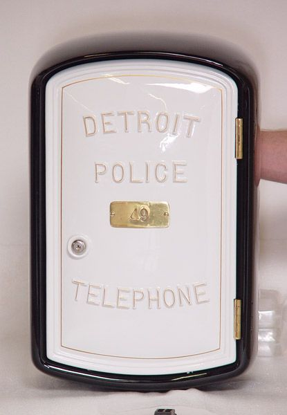 detrot police phone box | Detroit Police Telephone Call Box
