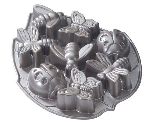 Nordic Ware Platinum Backyard Bugs Pan by Nordic Ware, http://www.amazon.com/dp/B0016LXGD0/ref=cm_sw_r_pi_dp_gIPjrb04T6V2Z