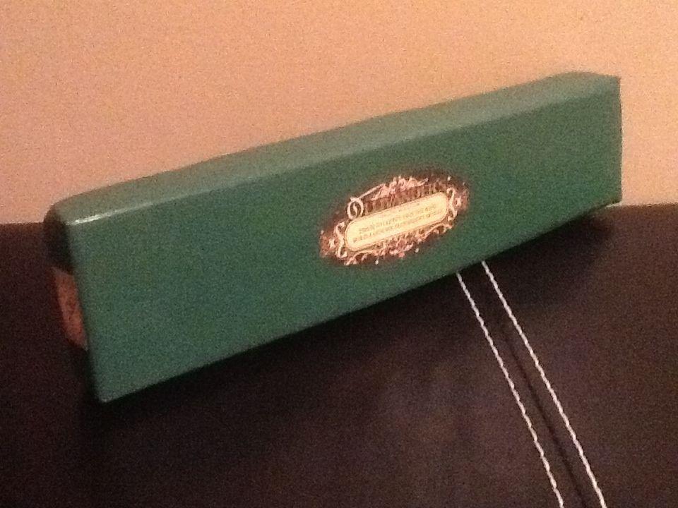 S Labels Ollivander Box