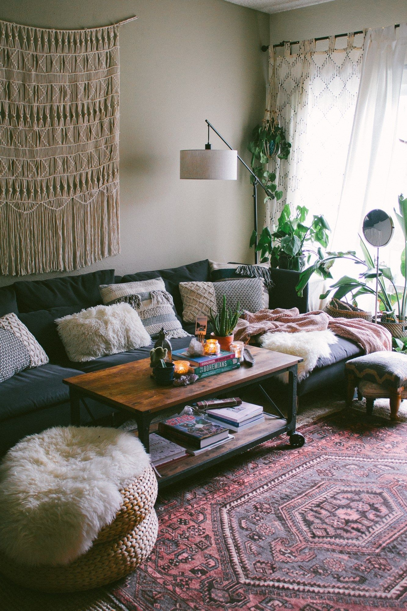Small Home Big Style A Plant Filled Bohemian Rental In La Sg Style Living Room Carpet Small Living Rooms Small Apartment Living Room