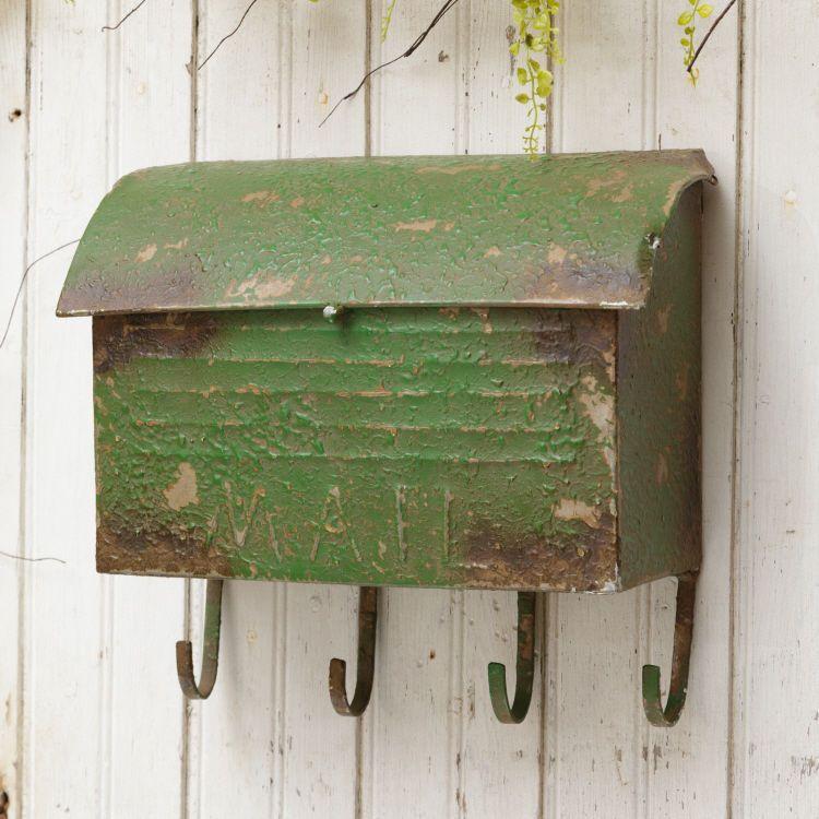 New Primitive Vintage Style METAL MAIL BOX Key Hooks Green