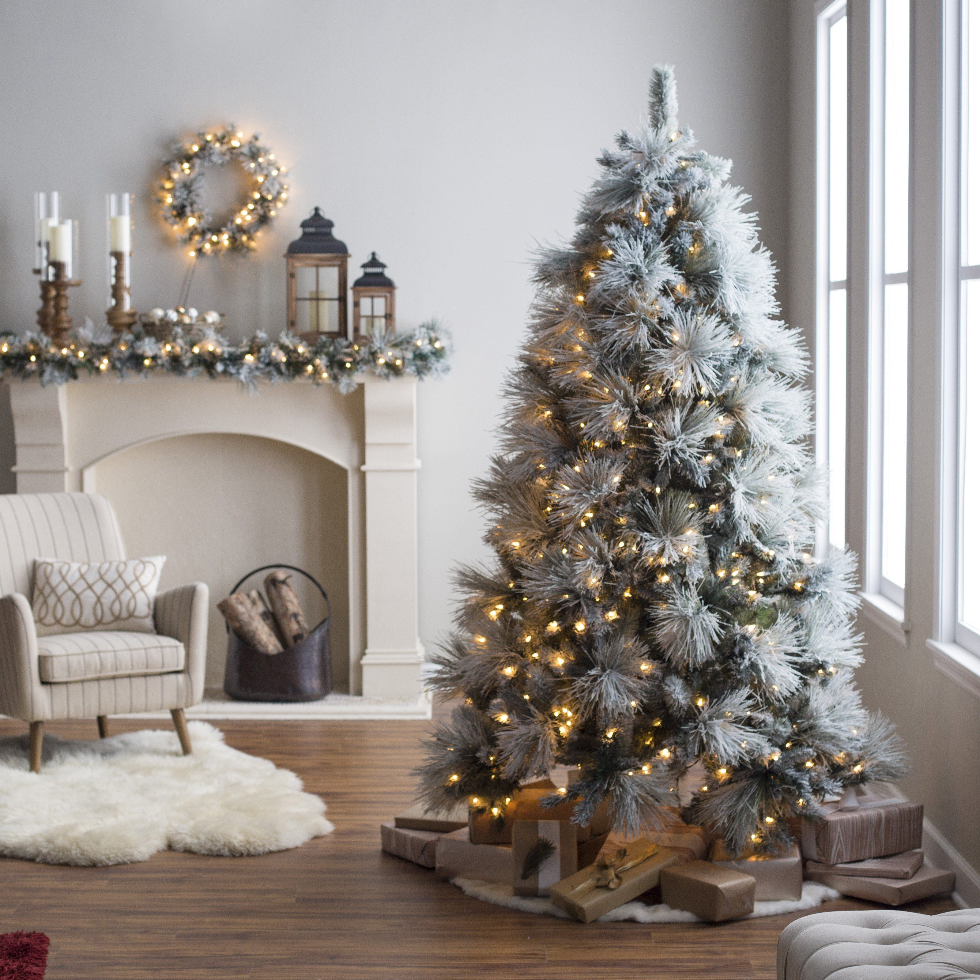 7.5 ft. Classic Flocked Needle Full PreLit Christmas Tree