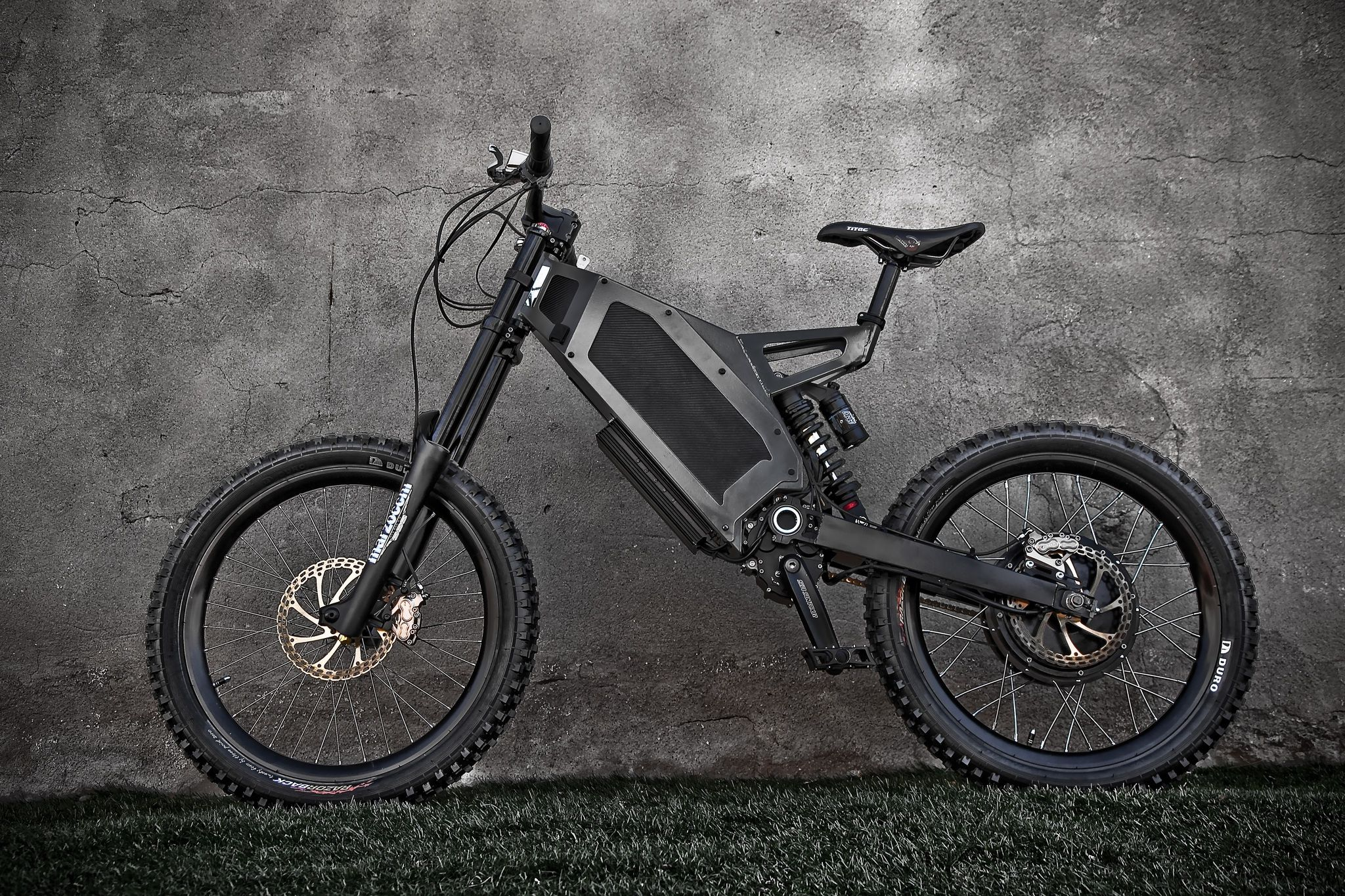 Stealth Electric Mountain Bike 50mph Top Speed 50mile Range
