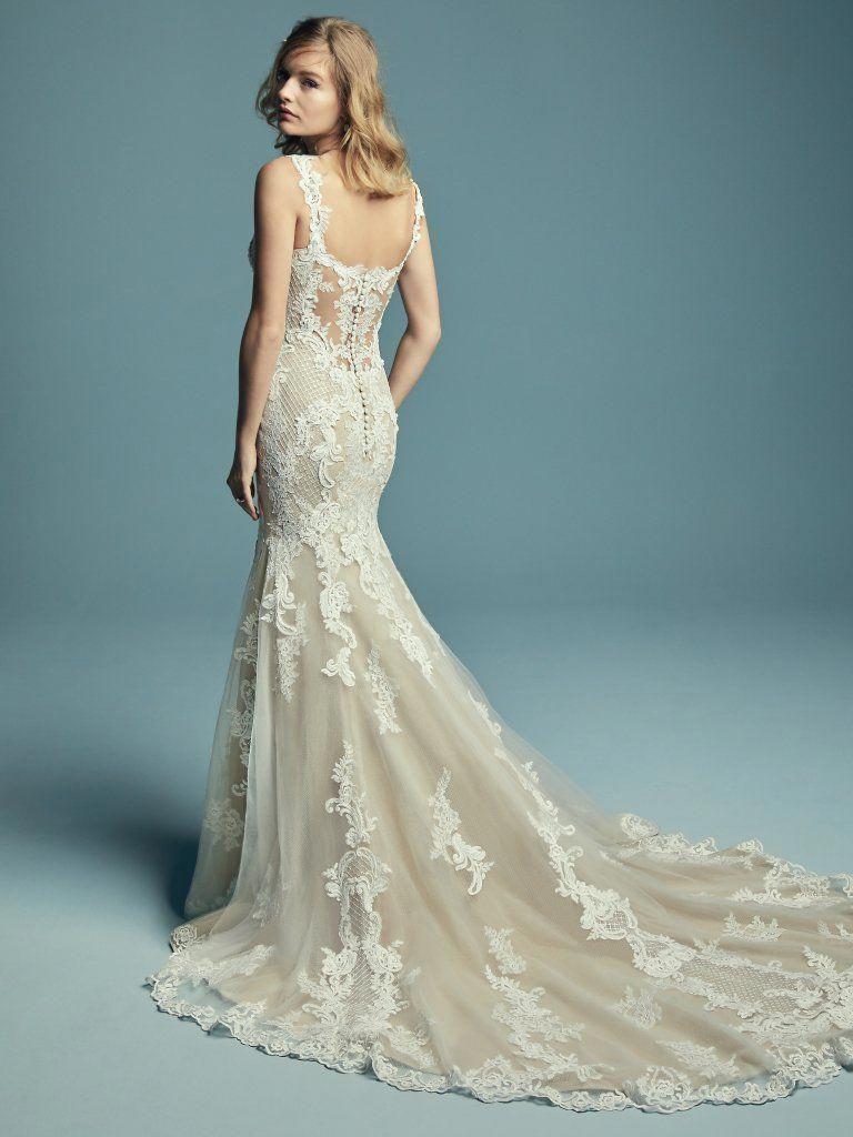 fit and flare wedding dress ! fitandflareweddingdress