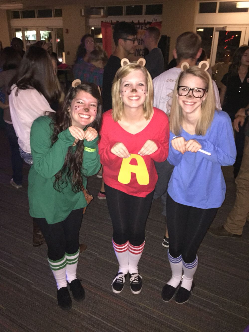 DIY Alvin and the Chipmunks group costume! Halloween DIY