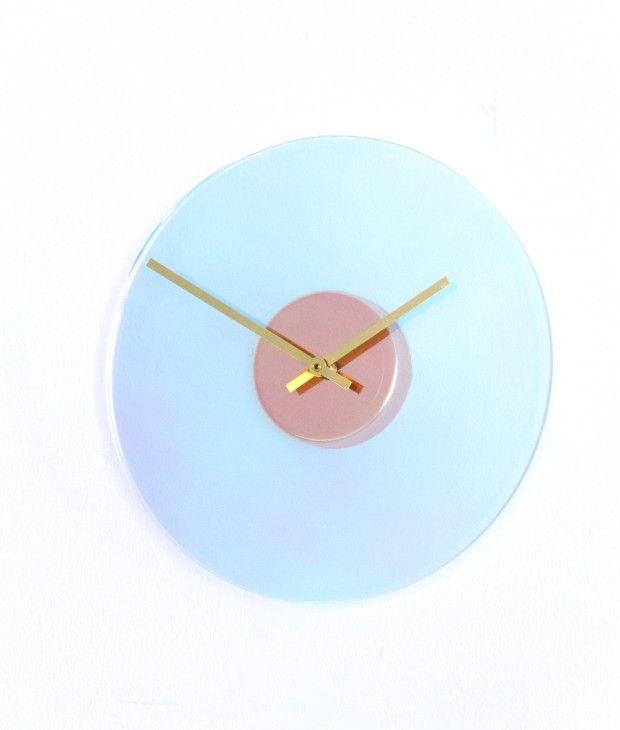 Chameleon series: Clock par Wisse Trooster pour QOOWL - Journal du Design