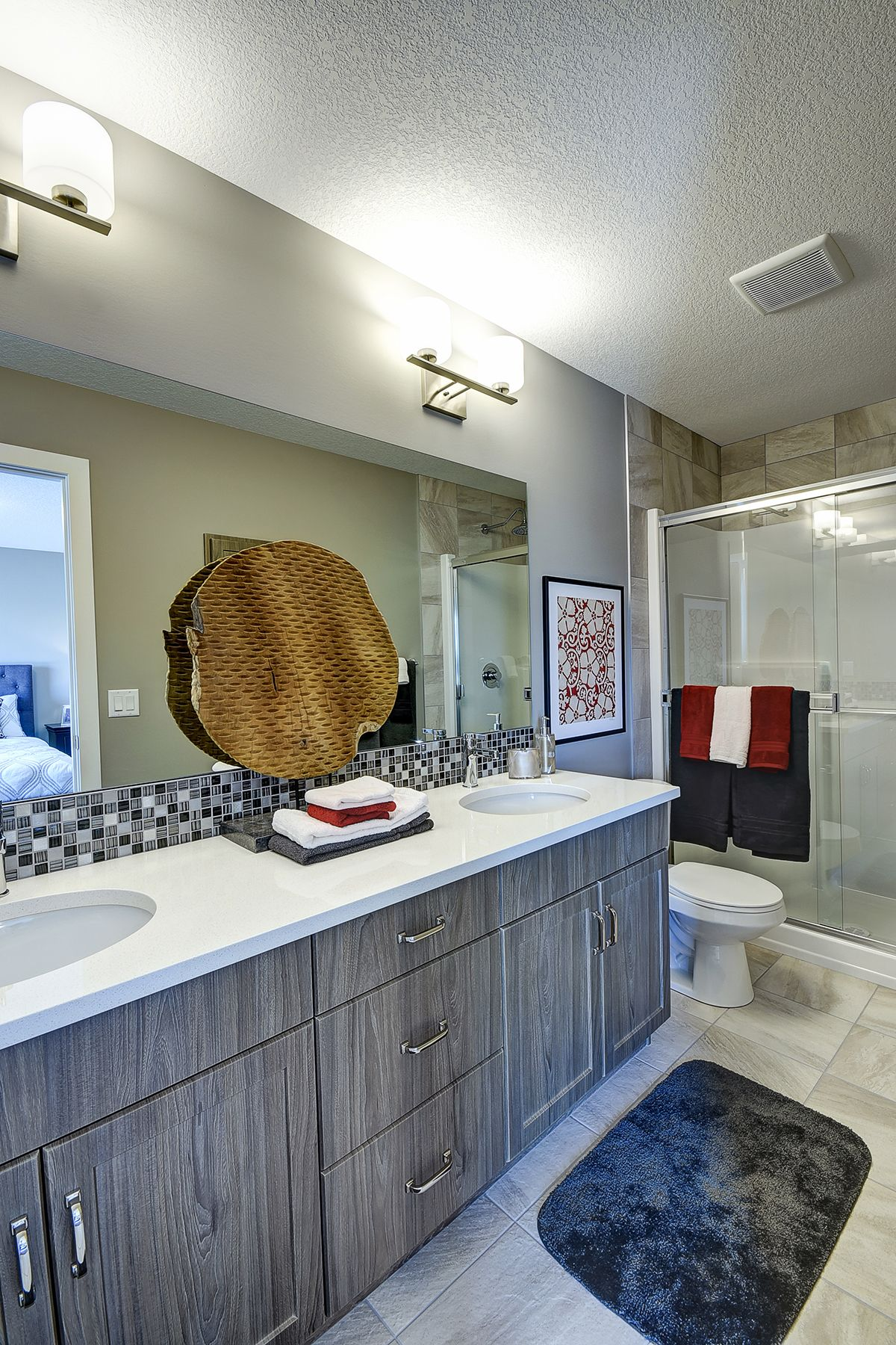 4 Piece Master Ensuite Features Dual Sinks And Walk In Closet House Plans Home Walk In Closet