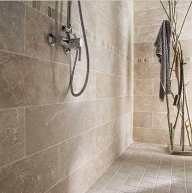 Quel carrelage salle de bain choisir sans faire du0027erreur ? - carrelage en pierre naturelle salle de bain