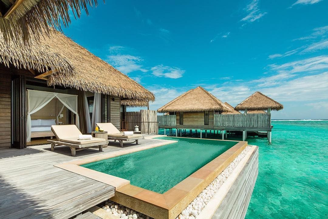 """Nine Overwater Bungalows To Escape Your Winter Blues: Compare Retreats On Instagram: """"The @comohotels Experience"""