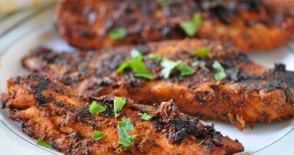 file de peixe temperado grelhado